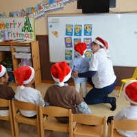 サタデーキンダークラスのクリスマスパーティー