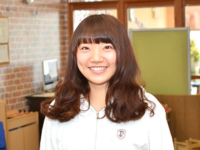 Bilingual Teacher<br/>Tomomi